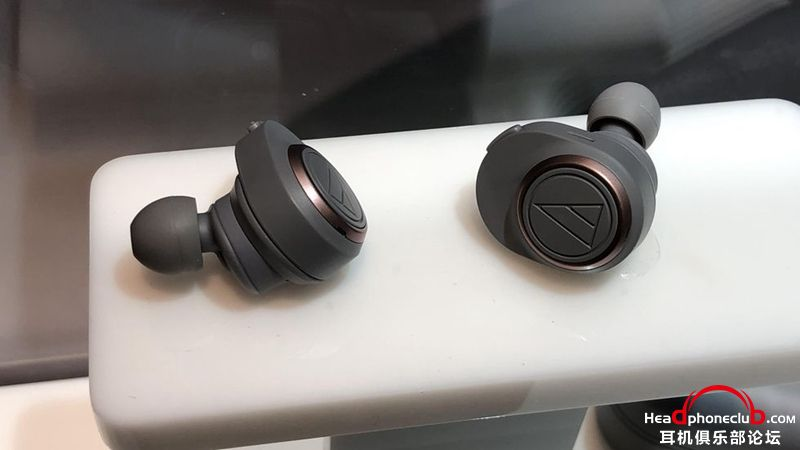 audio-technica-true-wireless-1.jpg